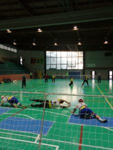 La squadra di Torball durante luna partita in trasferta in provincia di Bergamo